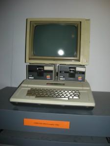 Apple 1983